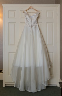emma-tindley-west-sussex-wedding-dresses