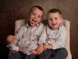 family-portrait-photographer-east-grinstead