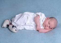 11newborn-baby-photography-east-grinstead