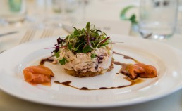 marquee-weddings-in-sussex-wedding-food