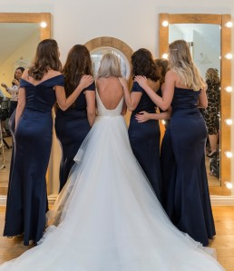millbridge-court-wedding-venue-surrey-bridal-room