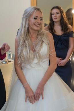 millbridge-court-wedding-venue-surrey-bridal-room1