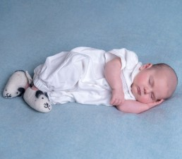 newborn-baby-art-photographer-sussex-surrey-kent